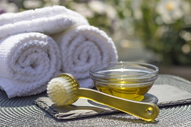 Pourquoi utiliser l'huile au massage ?